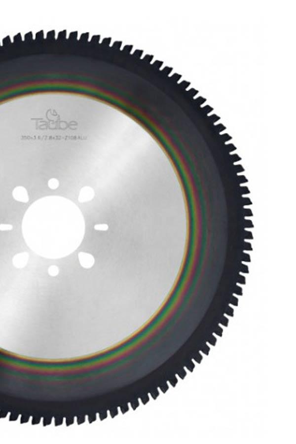 panza-circulara-metaldry-cut